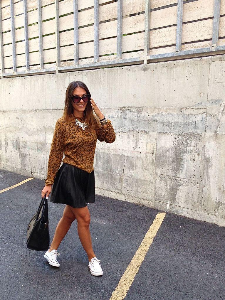 leosweater14