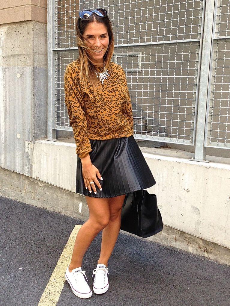 leosweater8