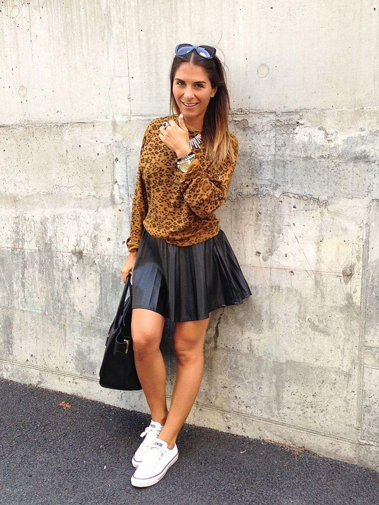leosweater9